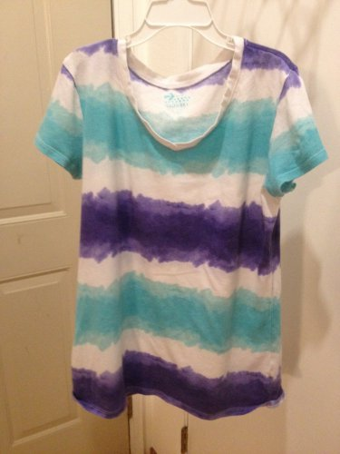 Girls Old Navy size 14 tye dye shirt - VG cond. - $3.00 FREE Sh