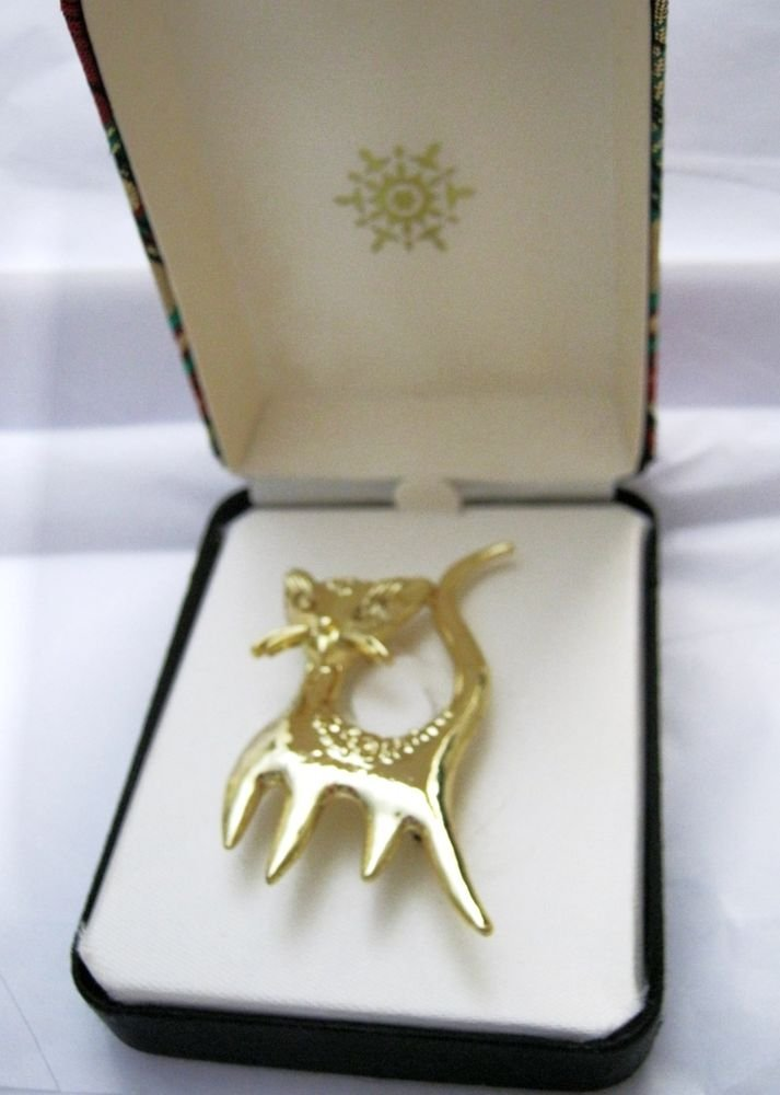 """A J C Saucy Cat gold tone pin brooch 2.5"""" x 1.75"""" signed boxed"""