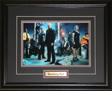 Breaking Bad TV cast 8x10 frame