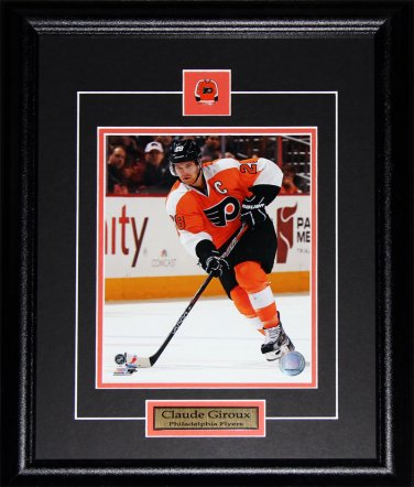 Claude Giroux Philadelphia Flyers 8x10 frame