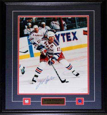 Mark Messier New York Rangers Signed 16x20 frame
