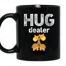 Hug dealercute giraffes hugging free hugs Mug Black