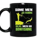 Funny fisher love bowfishing Mug Black