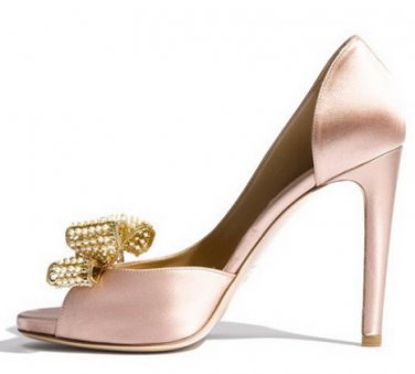 Satin d[orsay shoe with jewel bow