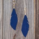 Amys One Of A Kind Creation Necklace/Scarf Blue T Shirt Feather Earrings