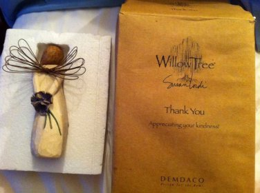 """Willow Tree """"Thank you"""" Figure"""