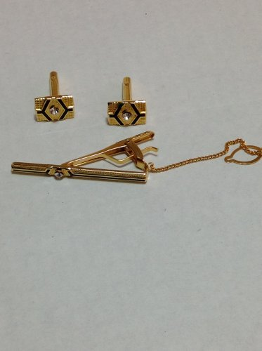 Goldtone Cufflink and Tiepin Set Gold and Black