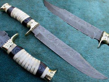 One Of a Kind Astonishing Custom Hand Made Marvelous Damascus Steel Hunting Knife (HK-284)