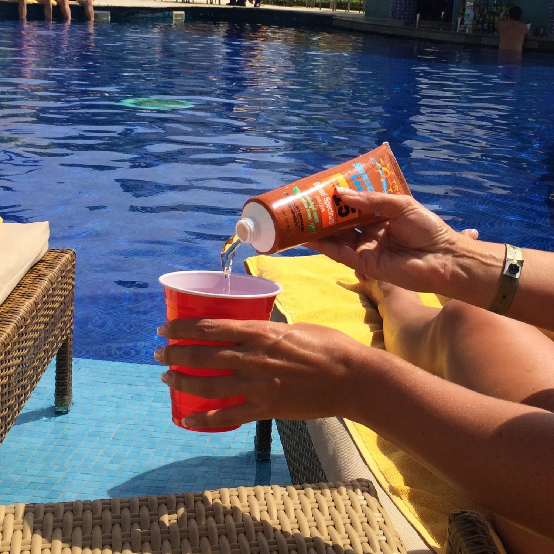 Hidden Sunscreen Alcohol Flask, 2-Pack