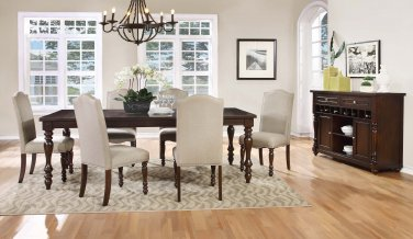 D1881 � 5 Pcs Mc Gregor Dining Set with Table Extension
