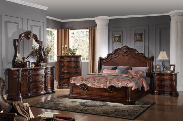 B1003 � Barney�s Traditional Walnut with Marble Panel Bedroom Set (Queen)