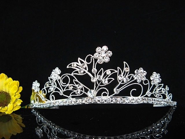 Alloy Crystal Wedding Headpiece;elegance Silver Bridal Tiara 5788s
