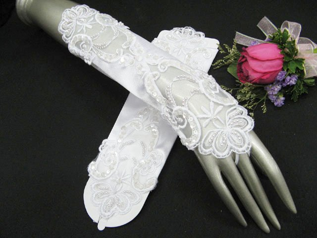 Glamour french Lace white bridal gloves;finger-less wedding gloves;opera;dancer Accessories #36w
