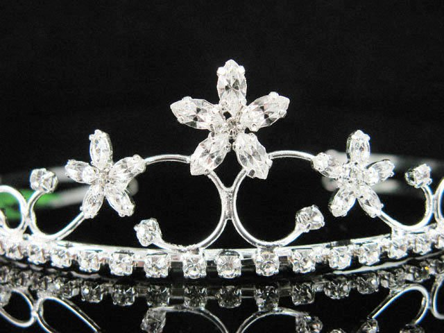 Bridal Tiara;Bride Silver Headpiece ;dancer regal;comb;opera Rhinestone Wedding tiara#2368