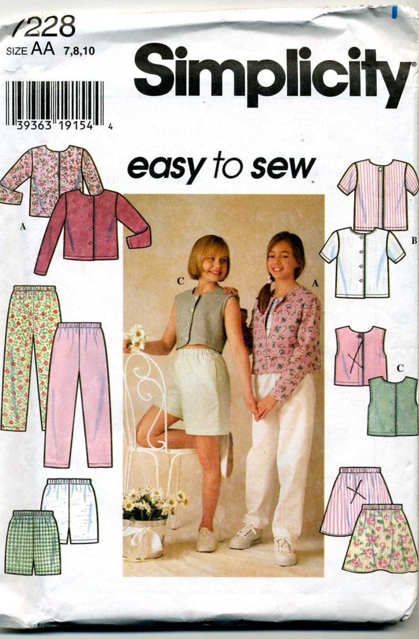 Girls Knit Top, SKirt, Pants and Shorts Sewing Pattern Simplicity 7228  Size 7 8 10  - Uncut