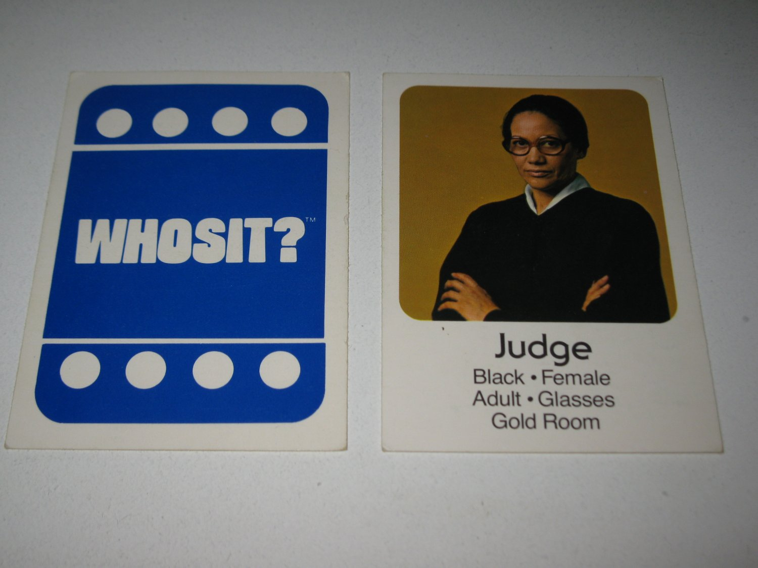 1976 Whosit? Board Game Piece: Judge blue Character Card