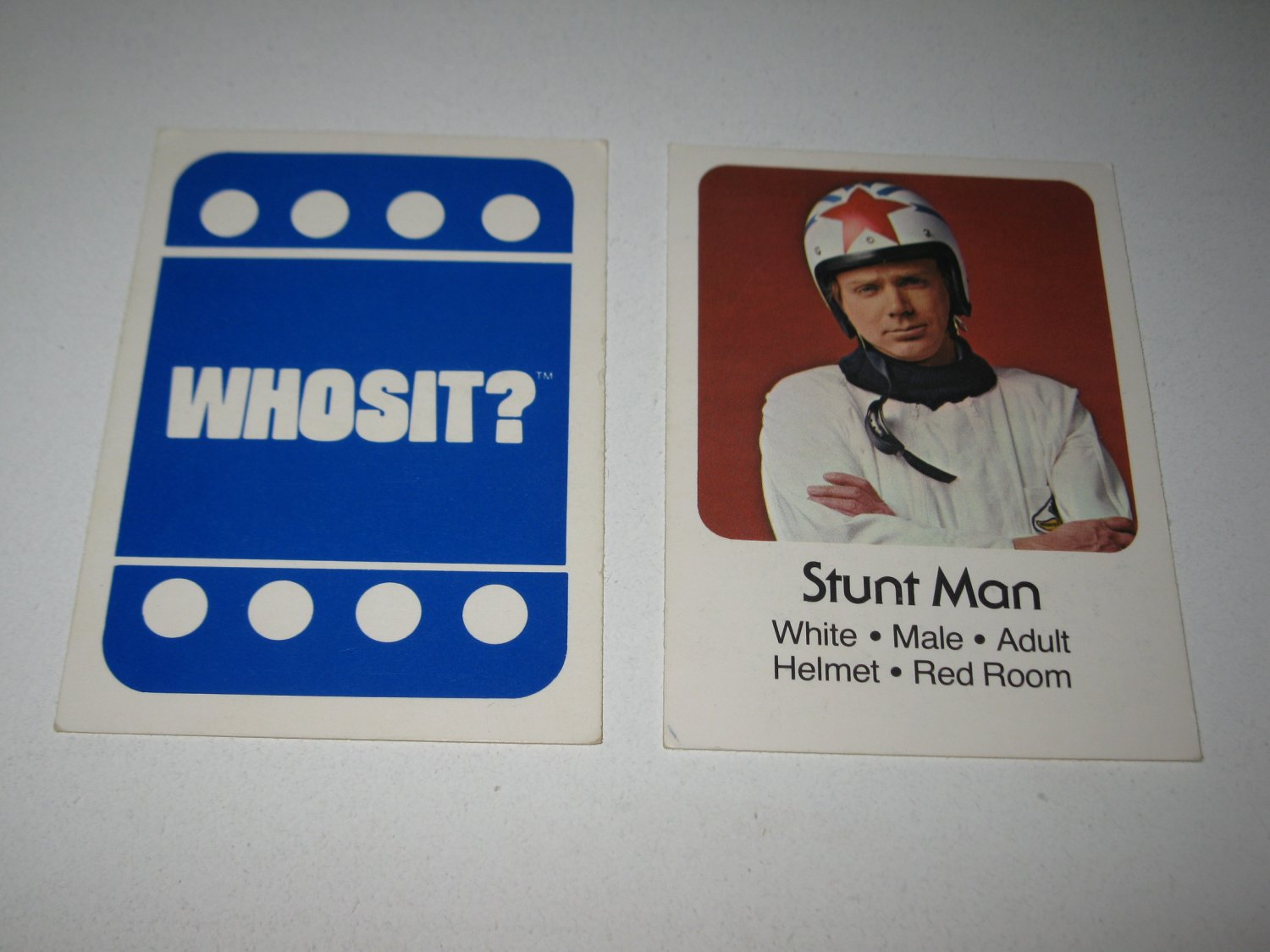 1976 Whosit? Board Game Piece: Stunt Man blue Character Card