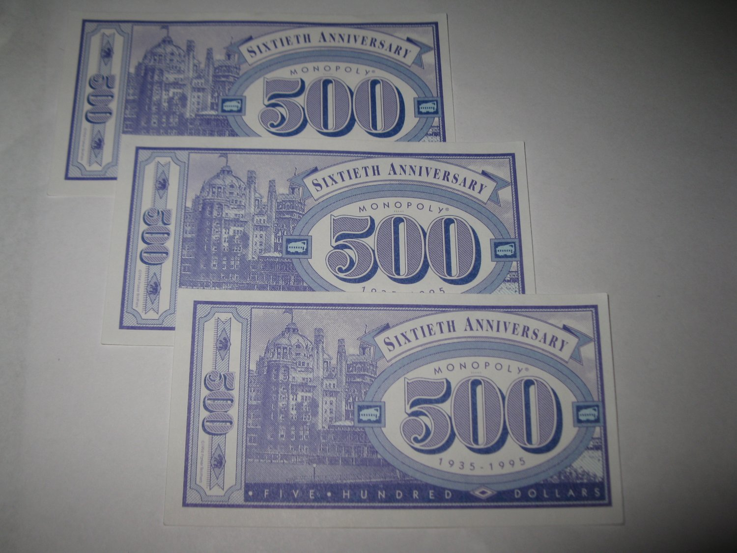 1995 Monopoly 60th Ann. Board Game Piece: stack of money - (3) $500 Bills