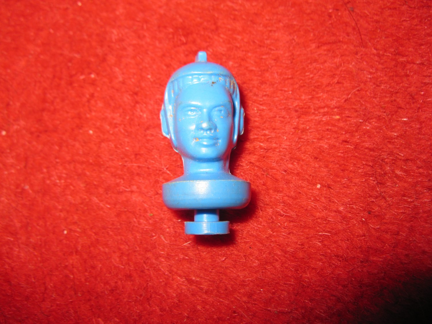 1960's Renwal Take-a-part Spaceman Puzzle Action Figure part: Blue Head