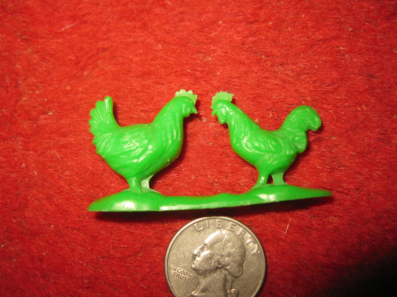 Vintage Marx..? Miniature Playset figure: Green Plastic Pair of Chickens