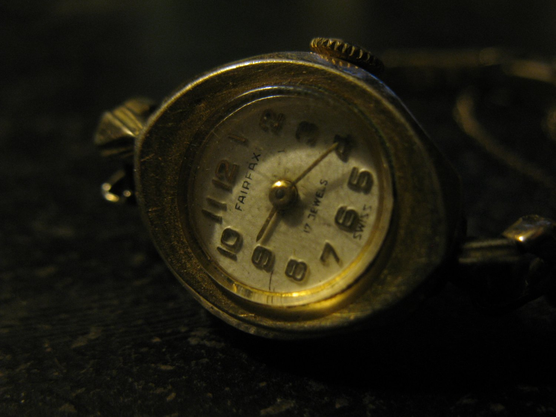 Old Fairfax Ladies Wrist Watch: 10k Rolled Gold , Swiss 17 Jewels, w/ Spiedel 10k Rolled Gold Band