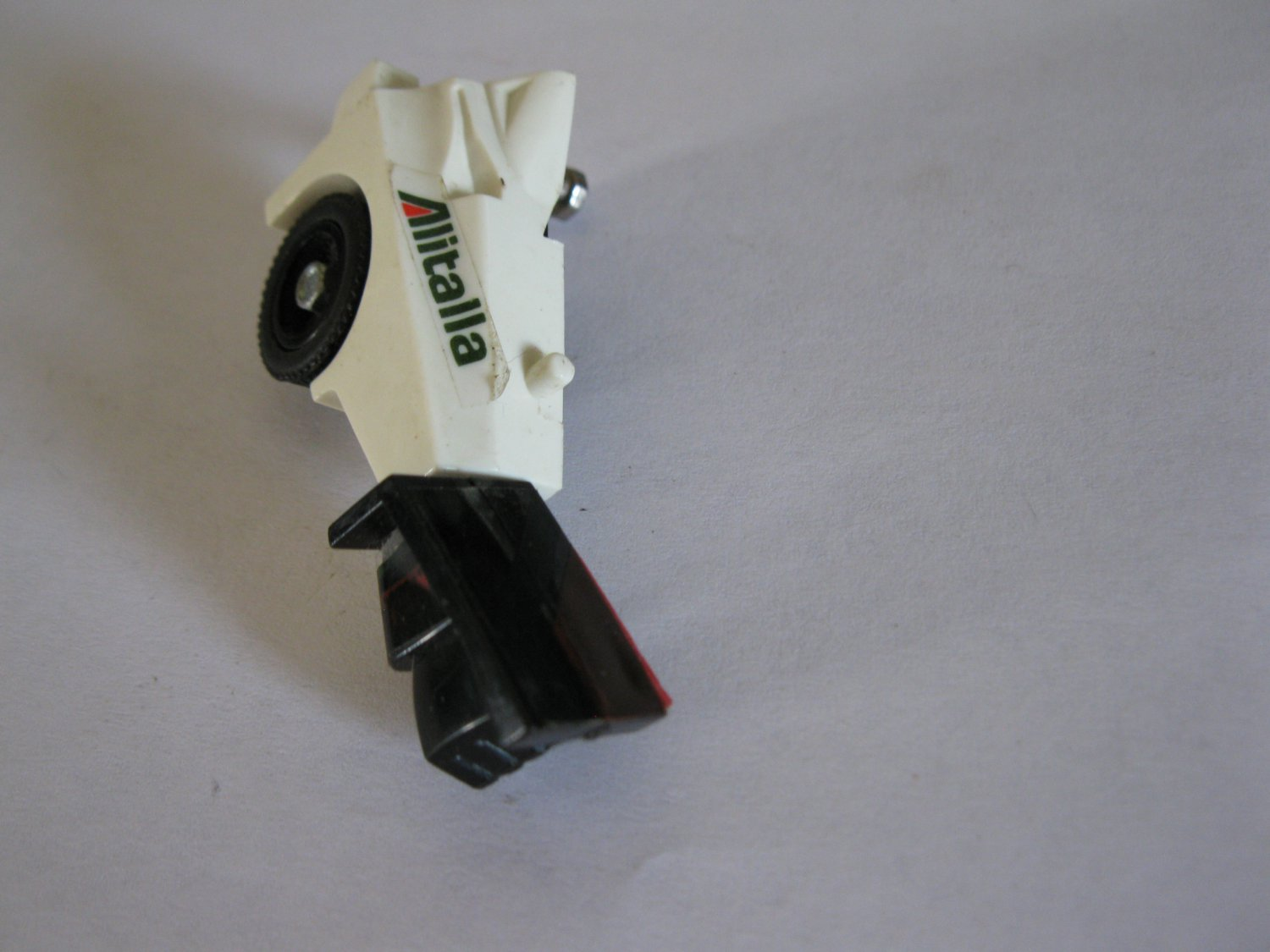G1 Transformers Action figure part: 1982 Wheeljack - Full Right Arm / Rear Right Wheel