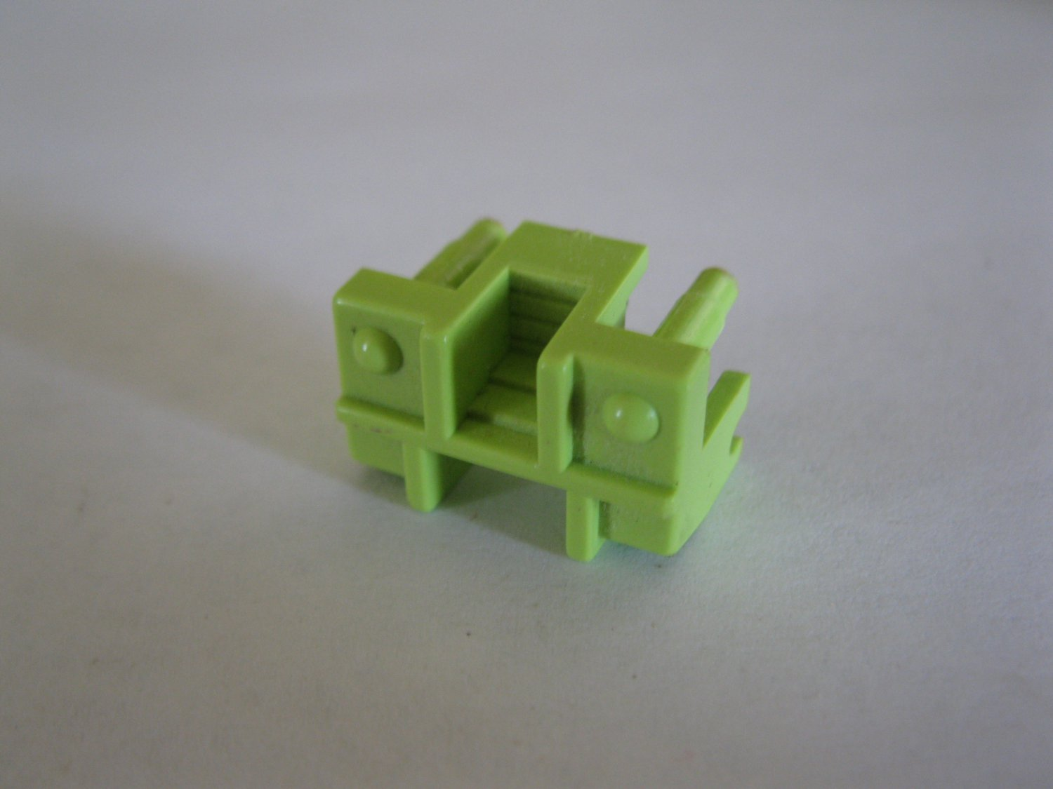 G1 Transformers Action figure part: 1984 Bonecrusher - Vehicle Seat / Neck Section