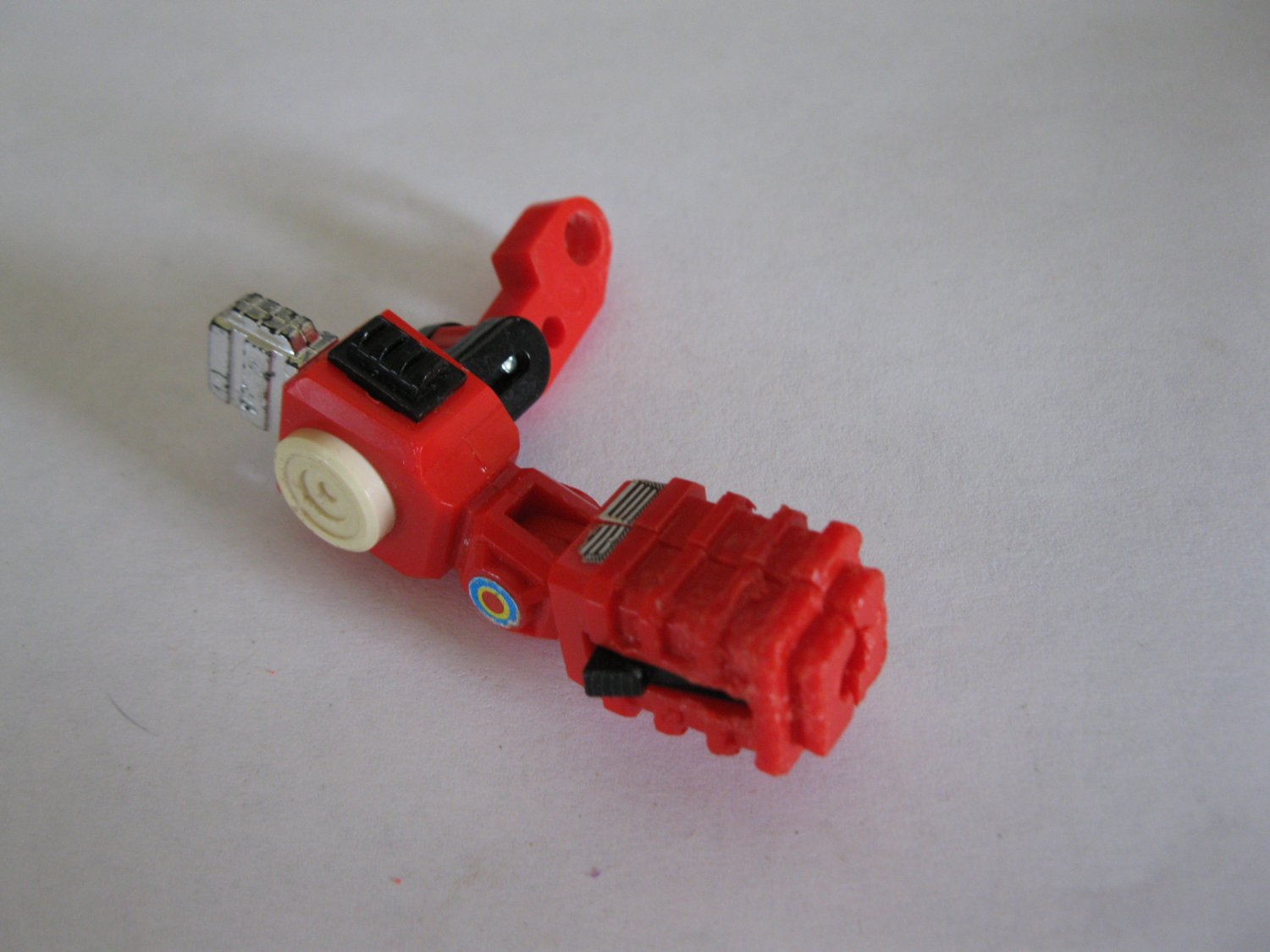 G1 Transformers Action figure part: 1985 Inferno - Right Arm ( Damaged end )