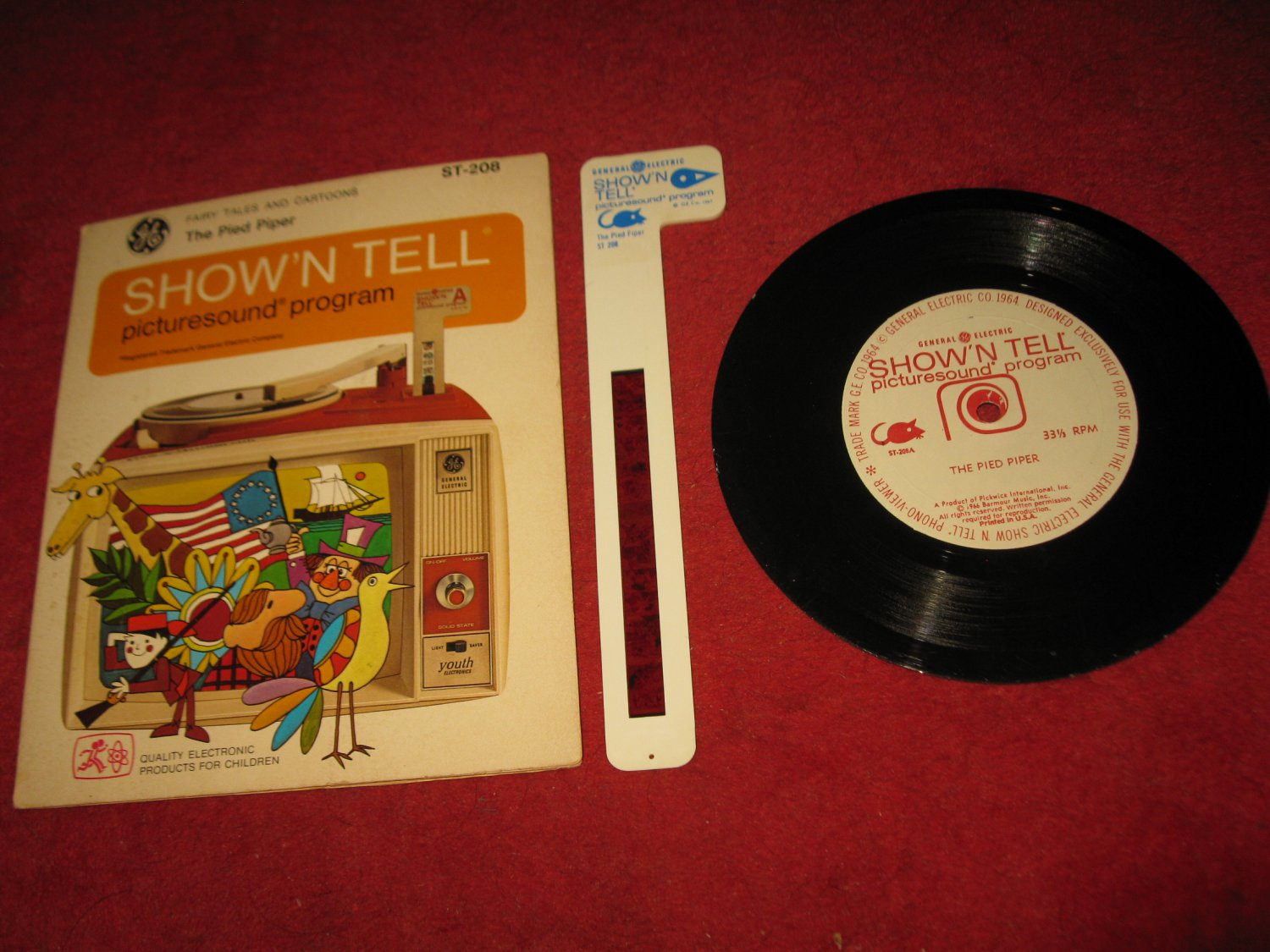 vintage 1966 GE Show 'N Tell Record and Film Cel Set #ST-208 - The Pied Piper