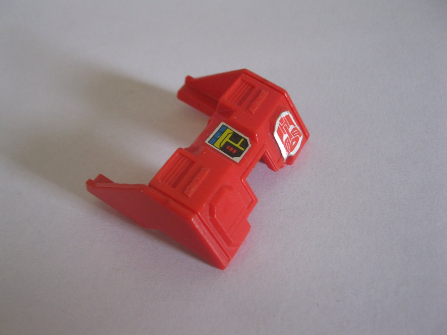 G1 Transformers Action figure part: 1985 Silverbolt - Red Chest Armor