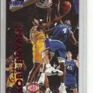 (b-32) 1999-00 Fleer Tradition #2 Kobe Bryant