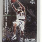 (b-32) 1998-99 Black Diamond #37 Chris Mills