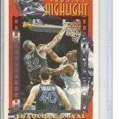 (B-1) 1993-94 Topps #3 Shaquille O'Neal : Highlights