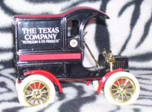 ERTL Texaco Bank Number 4 #4 1905 Ford Delivery Van