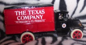 Texaco ERTL Mack Truck Bull Dog #6 Number 6 Bank
