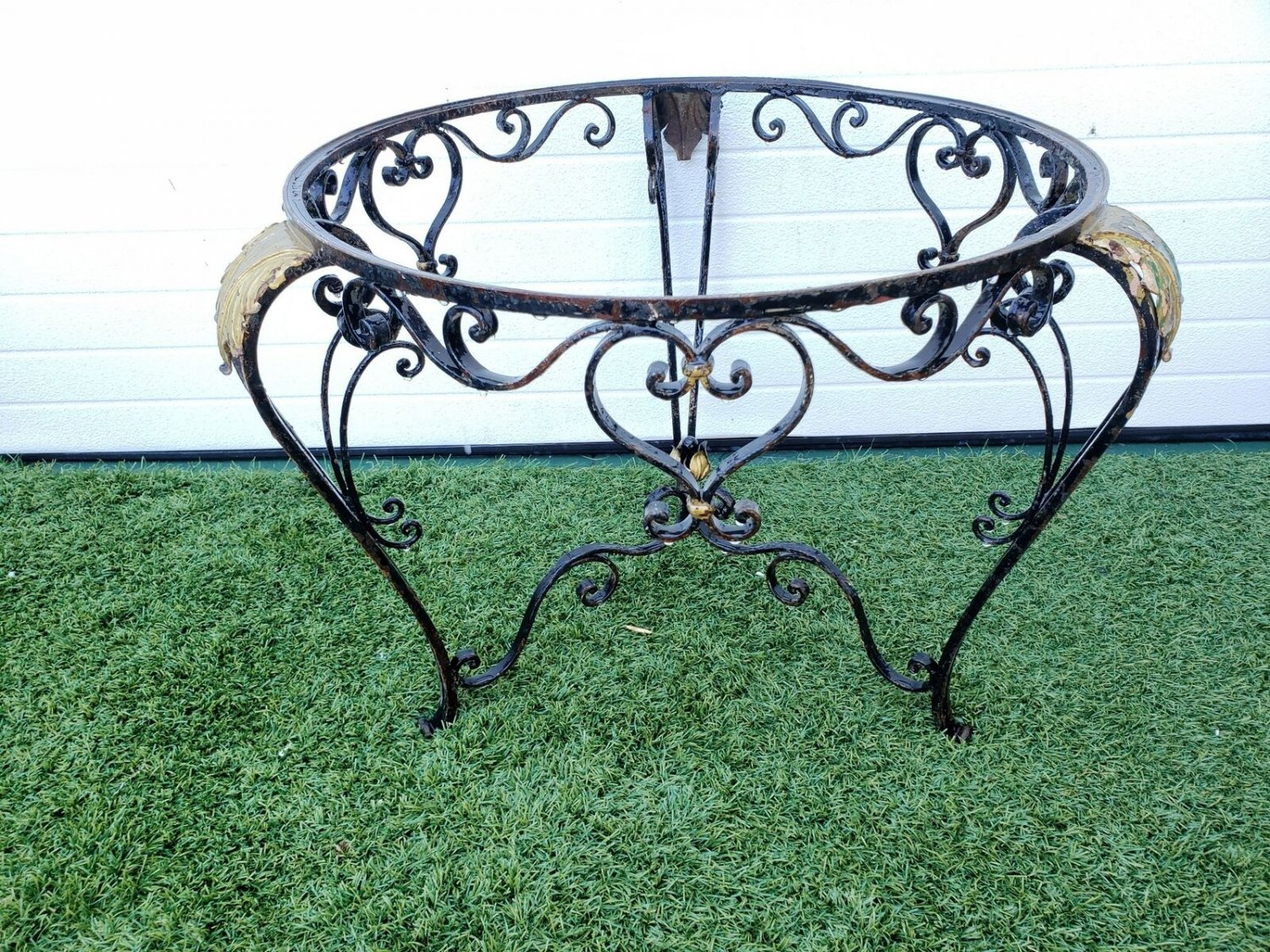 Very Pretty French Antique Painted Scrolled Wrought Iron Small Round Occasional