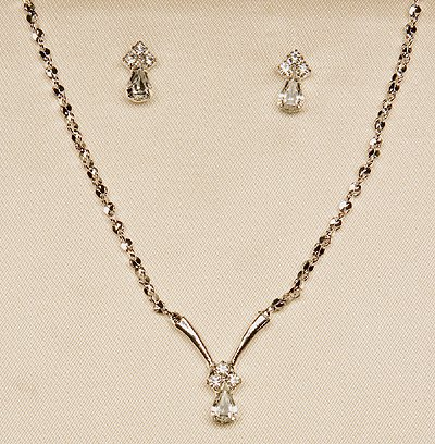 Silver Necklace and Earrings Set (Style # 932)