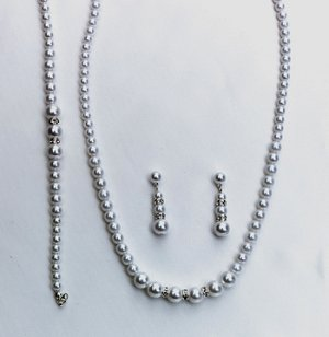 Three Piece Jewelry Set (Style # 903)
