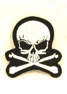 Jolly Roger skull and cross bones Small Badge Biker Vest Jacket Motorcycle Patch
