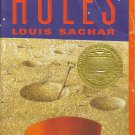 Holes(paperback) by Louis Sachar