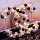 New Fashion Black and Ivory Pearls Brooches for Gift Elegant Brand CC Brooch