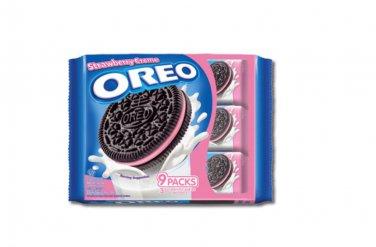 Oreo Strawberry cream Sandwich Cookies