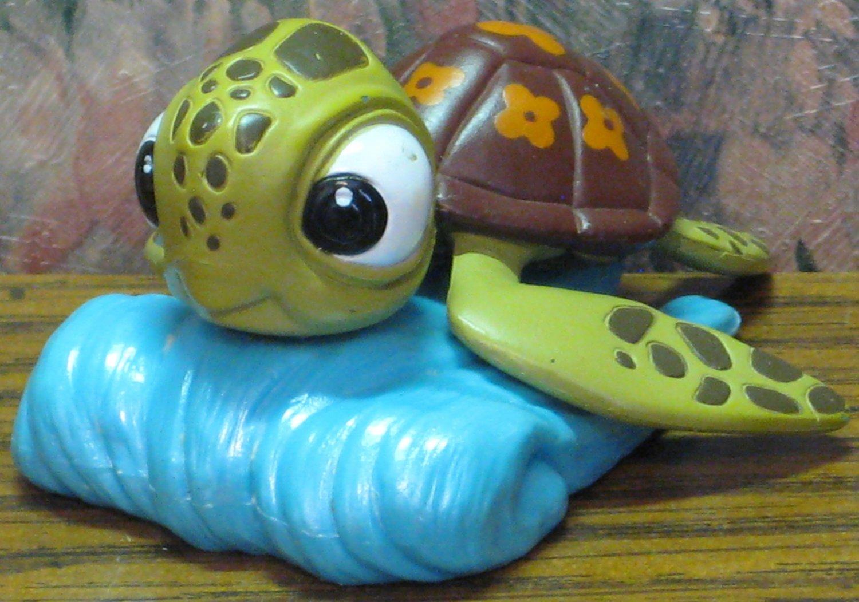 Disney Finding Nemo Pvc Crush Sea Turtle Figure Cake