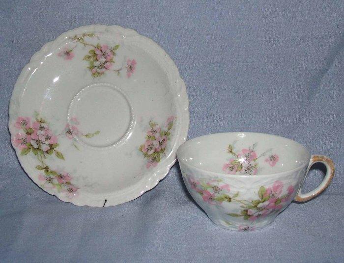 T Haviland Limoges France Pink Floral Teacup & Saucer