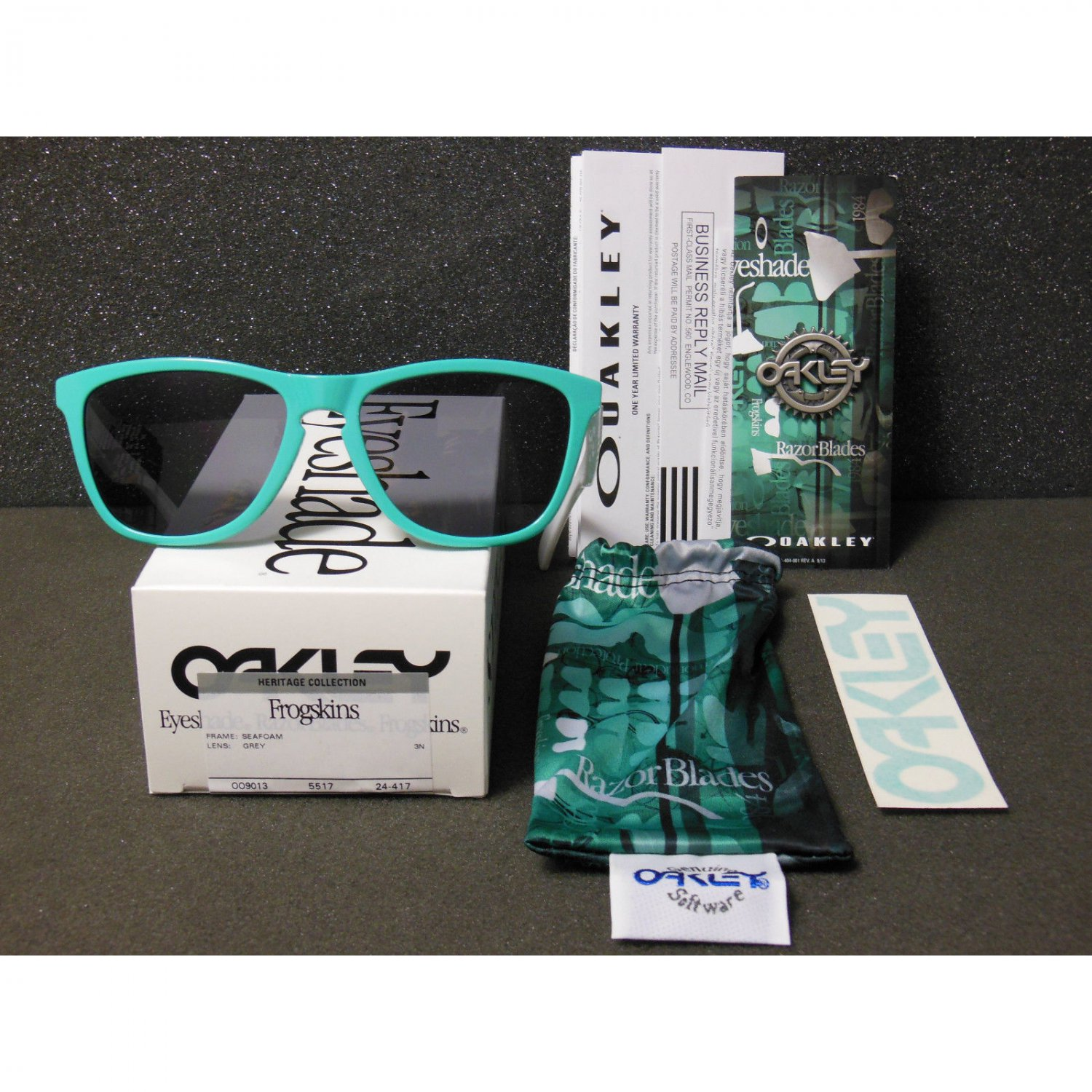 d67d11e5e3 Oakley Frogskins Retro Sunglasses Heritage Collection Limited Edition  Seafoam Grey