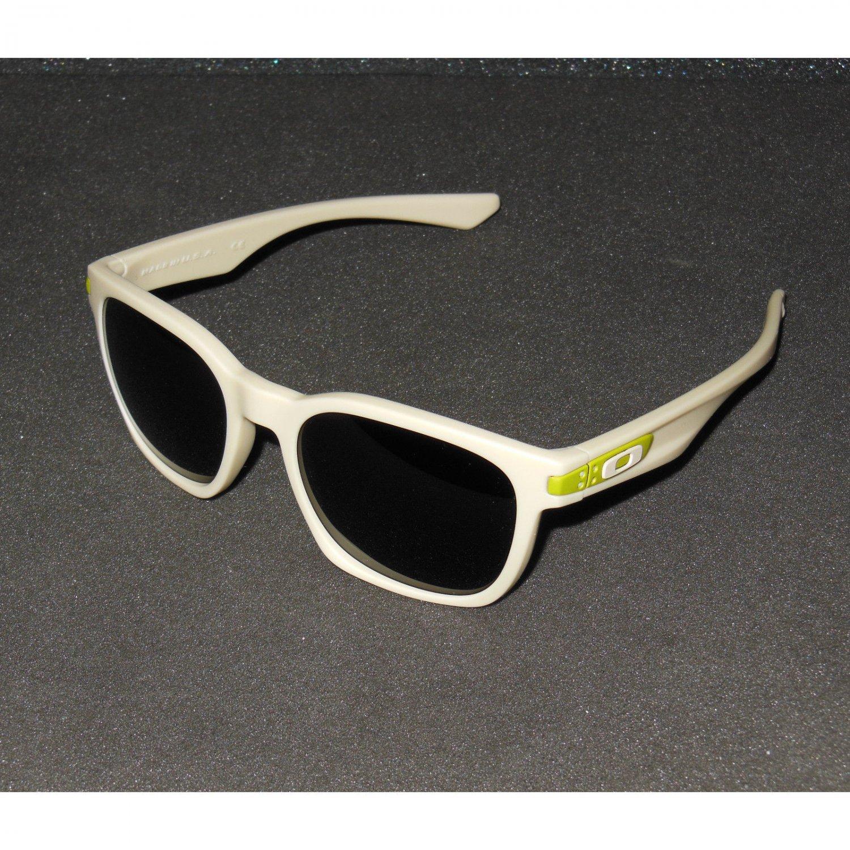 Oakley Garage Rock Sunglasses Matte Bone/Dark Grey