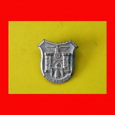 WWII German Badge - MUNCHEN Day Badge - in silver alloy marked RZM M 9/11