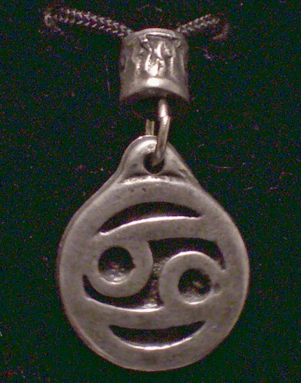 Pewter Cancer Pendat