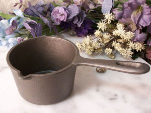 Melting Pot Cast Iron