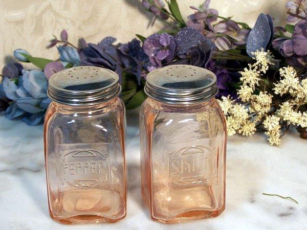 Depression Pink Amber Glass Salt & Pepper Shakers